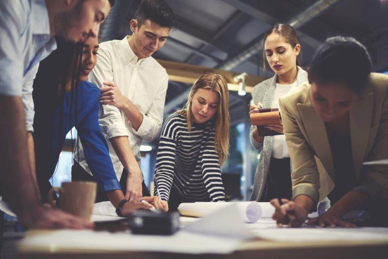 Genç profesyoneller kariyerleri nasıl planlamalı?